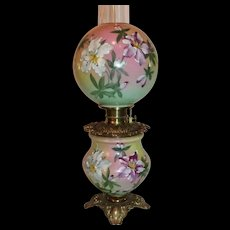 Museum Quality ~ OUTSTANDING Gone with the Wind Banquet Oil Lamp ~Masterpiece Breathtaking BEAUTY WITH LILIES ~ Fancy Ornate Font Spill Ring and Base~ Original Condition ~ALL Original Parts