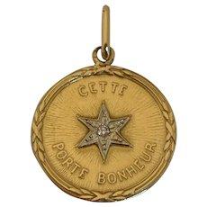 """French 18k gold """"cette étoile porte bonheur"""" Lucky Charm"""