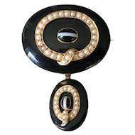 Victorian Agate and Seed Pearl, Yellow Gold Mourning Brooch