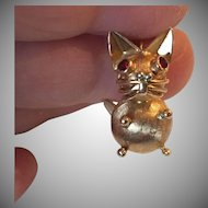 Meow! Adorable 14k Gold Cat Charm with Ruby Eyes