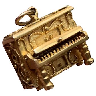 14k Gold Vintage Etruscan Piano Charm