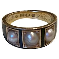 English Memorial Ring in 18K Gold Enamel with Natural Pearls, circa 1870