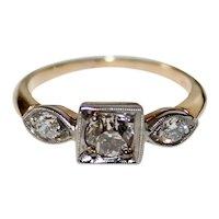 FINE Edwardian DIAMOND RING - 14K Gold - 3 Stone Diamond Ring