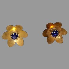 Vintage 14K Sapphire Flower Earrings
