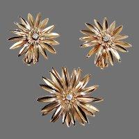c1940, flower PIN & EARRING SET - 14K Gold & Diamonds