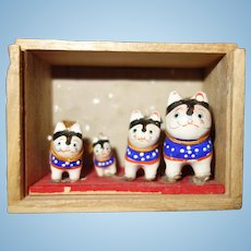 Japanese Saitama Inu Hariko Dogs set in original box