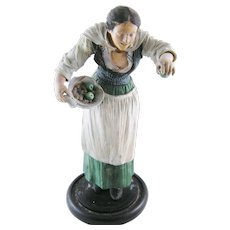 Antique Neapolitan  Italian Woman with Apples Carved  CRECHE FIGURE Figurine