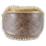 ANTIQUE GEORGIAN 14  Kt Gold with Seed Pearl Surround Crystal Hair Art Memorial Ring