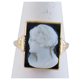 Antique 14 Karat Gold with Carved FEMALE CAMEO on Black Onyx Ring