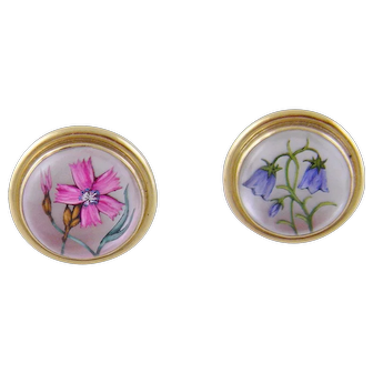 Rare  Vintage 14 Karat Gold reverse Painted Flowers MOP Rock CRYSTAL EARRINGS
