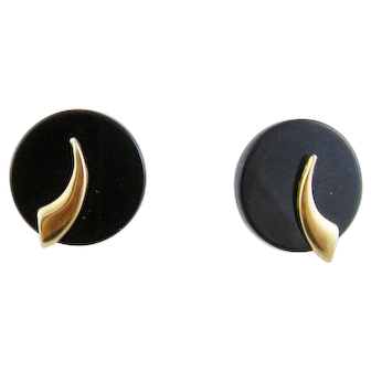 Art Deco Hallmarked 14 Kt Gold with Black Onyx Roundel Very Chic EARRINGS