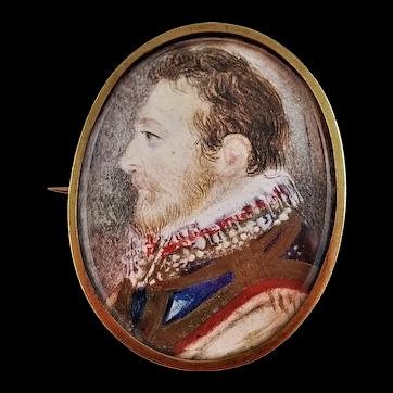 Antique English MINIATURE PORTRAIT of a Gentleman in 14 Karat Gold Frame