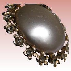 Coro Pearly Full Moon Brooch / Pin