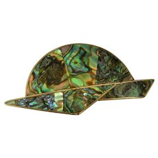 Spectacularly colorful Mother of Pearl Pin / Brooch