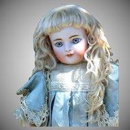 Rembrandt Mohair Wig ~Light Ash Blond Size 7-8