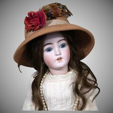 Stylish Simon & Halbig 1159 young Lady  Doll, 20 inches