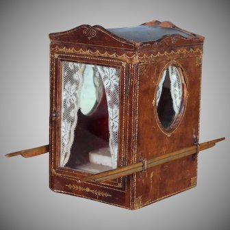 Early Sedan Chair Shaped Lady's Jewelry Case, Mid 19th century