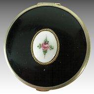Vintage LaMode powder & rouge Compact w. Guilloche Enamel rose