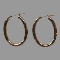 14k Gold Rounded Hollow Oval Hoop Earrings