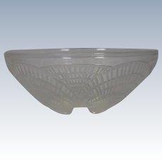 R. Lalique Dessert Bowl Opalescent Coquilles Bowl