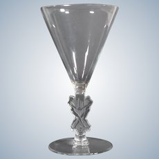 R.Lalique Strasbourg Wine Glass, Circa 1920