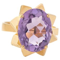 French Amethyst Cocktail Ring Vintage 18 Karat Yellow Gold Oval Cut Estate Jewelry