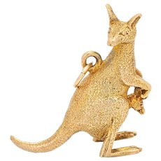 Vintage Kangaroo Charm 14 Karat Yellow Gold Joey in Pouch Australia Animal Jewelry