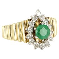 Vintage 14 Karat Yellow Gold Emerald Diamond Princess Cocktail Ring Estate