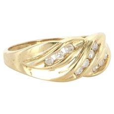 Vintage 10 Karat Yellow Gold Diamond Right Hand Ring Fine Estate Jewelry