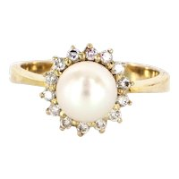 Vintage 14 Karat Yellow Gold Cultured Pearl Diamond Princess Cocktail Ring Estate Jewelry