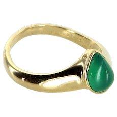 Van Cleef & Arpels Chrysoprase Vintage 18 Karat Gold Ring Estate Fine Signed Jewelry