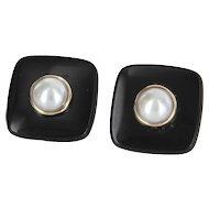 Cultured Pearl Onyx Square Button Earrings Vintage 14 Karat Yellow Gold Fine Jewelry