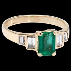 Emerald Diamond Ring Vintage 14 karat Yellow Gold Estate Fine Jewelry Pre Owned