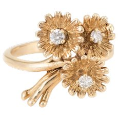 Bouquet of Daisy Flowers Diamond Ring Vintage 14 Karat Yellow Gold Estate Jewelry