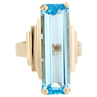 Vintage Large Blue Topaz Ring 14 Karat Yellow Gold Cocktail Jewelry Statement Estate