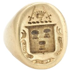 Vintage Mens Family Crest Signet Ring 14 Karat Yellow Gold Estate Jewelry Heirloom