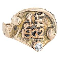 Vintage Art Deco Signet Ring c1932 Diamond 14 Karat Yellow Gold Sz 7.5 Jewelry