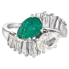 Diamond Emerald Toi et Moi Ring 18 Karat White Gold Vintage Fine Jewelry Sz 6 Bypass