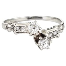Antique Deco Moi et Toi Diamond Ring Vintage 18 Karat White Gold Estate Fine Jewelry