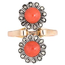 Vintage Moi et Toi Coral Ring 18 Karat Yellow Gold Marcasite Double Flower Jewelry