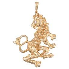 Vintage Lion Pendant 14 Karat Yellow Gold Diamond Eye Standing Turning Head Jewelry