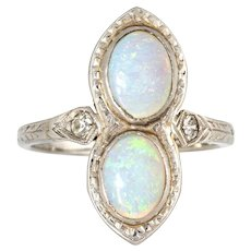 Vintage Art Deco Double Opal Diamond Ring 18 Karat White Gold Antique Fine Jewelry 4