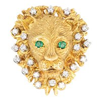 Vintage Diamond Lion Ring Emerald Eyes 18 Karat Yellow Gold Large Face Ornate Jewelry