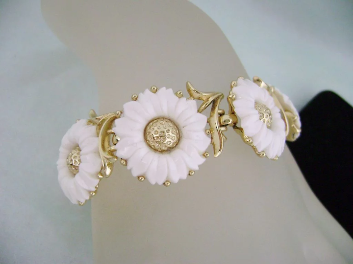 White Vintage Lucite Flower Necklace And Earrings With Rhinestone CentersAnd Free Shipping