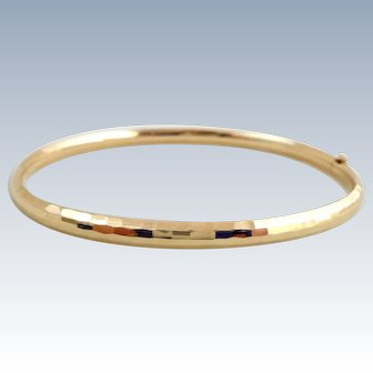 Estate 14K Yellow Gold Hammered Bangle Bracelet