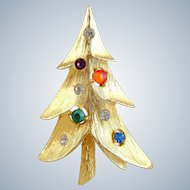 Vintage Modernist Multi Rhinestone Christmas Tree Pin