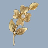 Vintage KREMENTZ Dogwood Flower Cultured Pearl Gold Overlay Pin