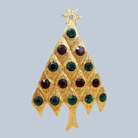 Vintage LIA Red Green Rhinestones Diamond Pattern Christmas Tree Pin