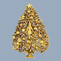 "1999 Museum of Fine Arts ""Adoration of the Magi"" Christmas Tree Pin on Card"