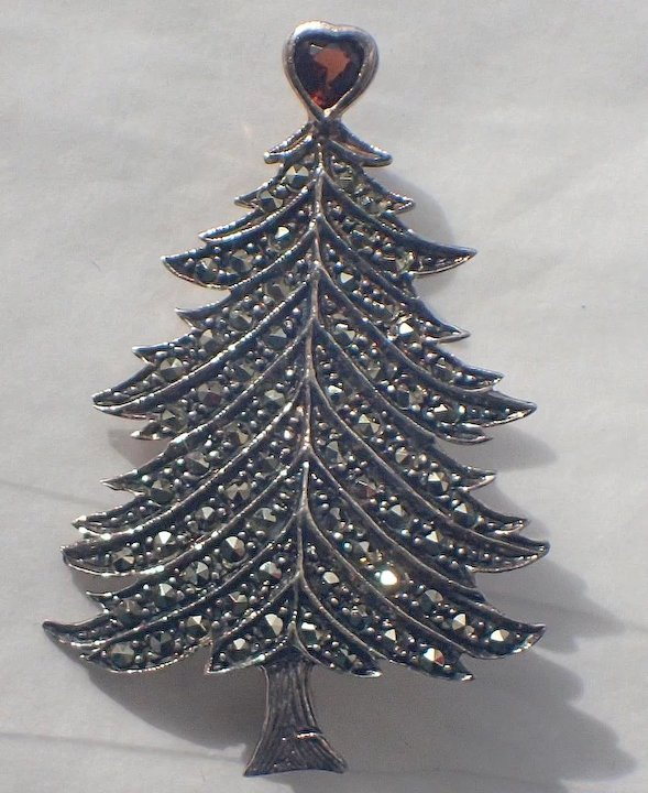Great Garnet Heart Topper Sterling Silver Marcasite Christmas Tree Pin